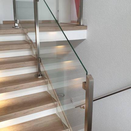 Treppengeländer aus Stahl mit Glas Witten